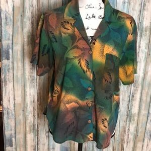 Tops - Leaf Print Button Down Short Sleeve Top